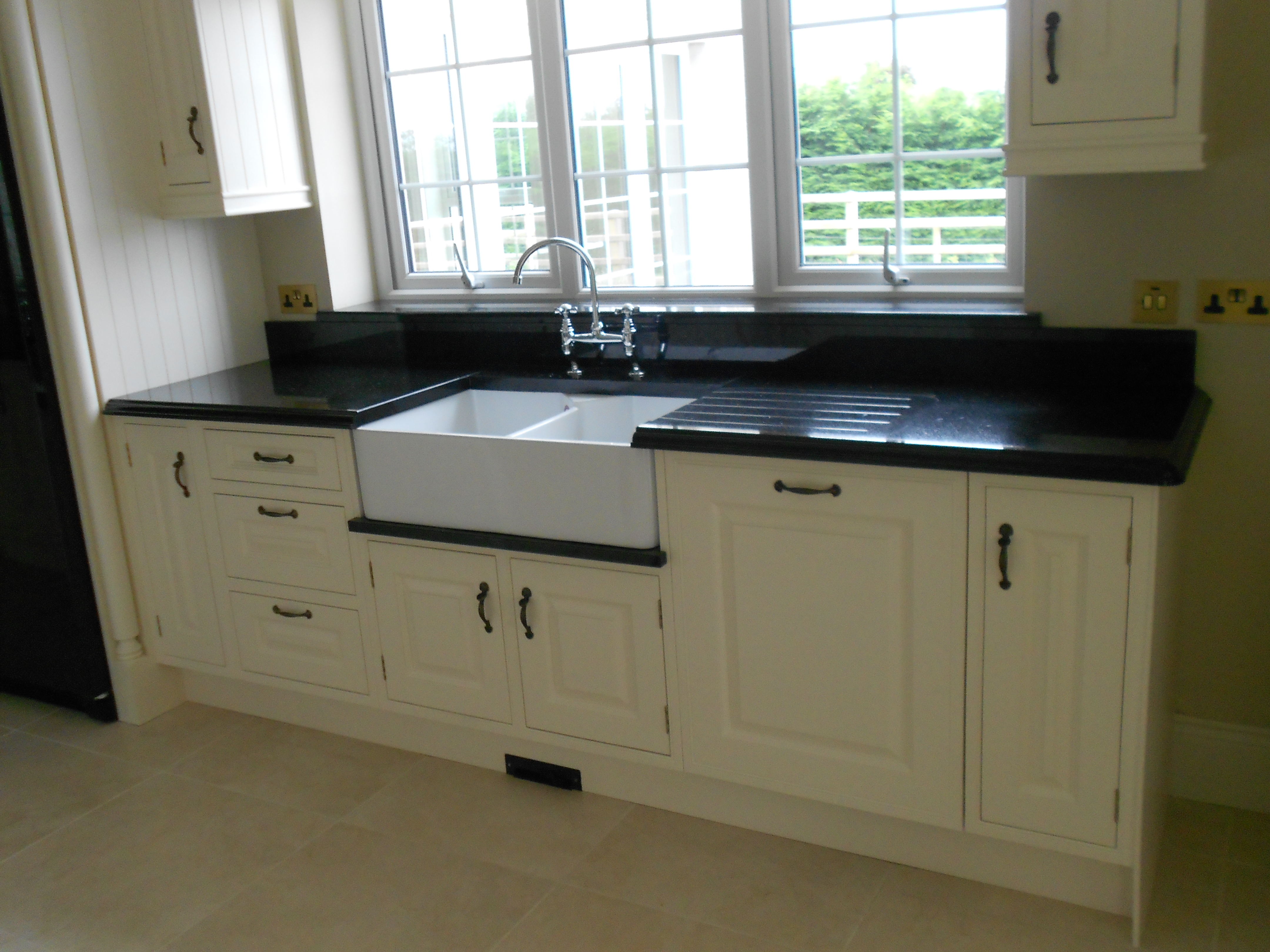 Kitchen Worktop and White Sink