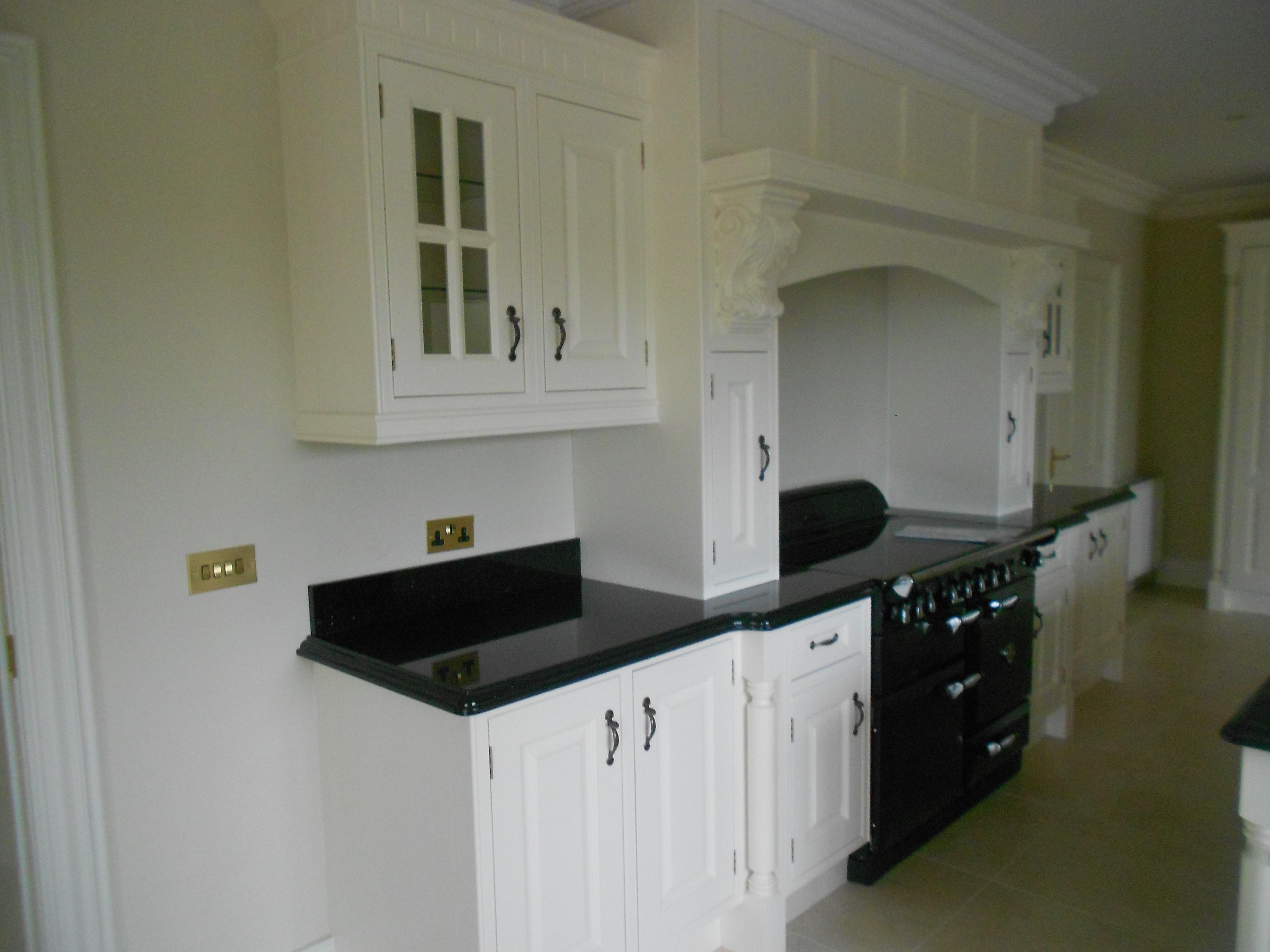 Kitchen Granite Worktop and Cabinets